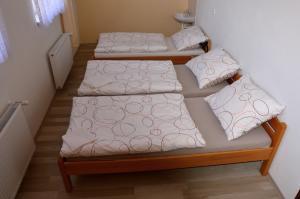 Trojlůžkový pokoj