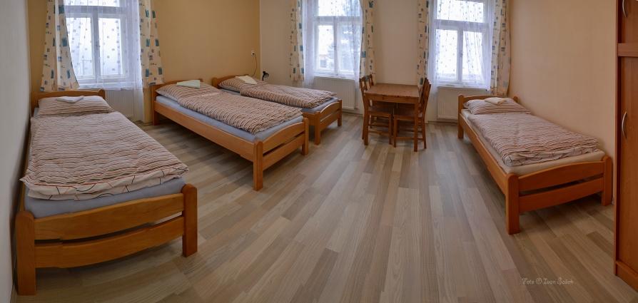 čtyřlůžkový pokoj v penzionu